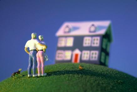 couple-outside-house-s